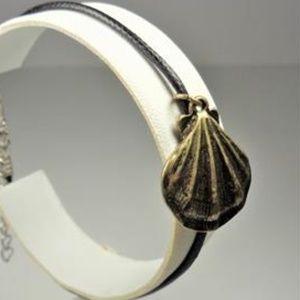Jewelry - NAUTICAL BRASS TONE SEA SHELL BLACK LTHR BRACELET